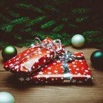 クリスマスプレゼントはいつ、どのタイミングで彼女に渡すのがベスト?