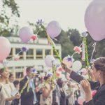 友人の結婚式、ご祝儀の相場はいくらぐらい?世間の基準とは。
